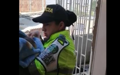 Policía de Colombia rescató un bebé en Bogotá