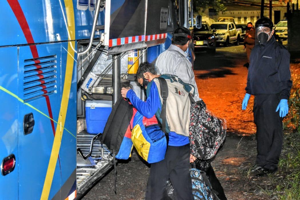 Photo of 44 venezolanos fueron trasladados a zona de frontera gracias a la gestión de la Alcaldía de Yopal