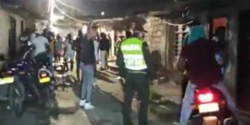 Photo of Esmad tuvo que intervenir en fiesta de unas 500 personas en Cali
