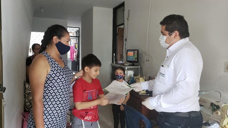 Photo of Niño de 10 años con coeficiente intelectual alto, empezará a estudiar en Unitrópico gracias a la beca otorgada por la institución