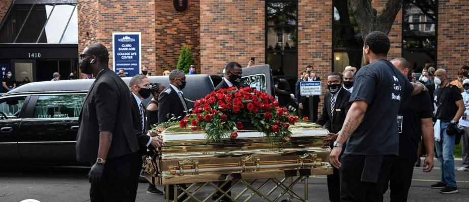 Photo of 'Quita tu rodilla de mi cuello', el clamor durante el funeral de Floyd