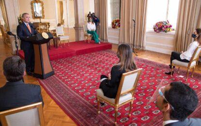 Al promulgar cadena perpetua, Presidente Duque invita al país a la defensa irrestricta de los derechos de los niños