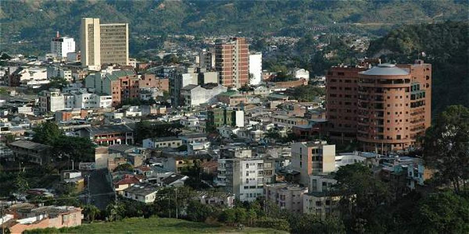 Photo of Encienden las alarmas en Ibagué por 46 niños contagiados de covid-19