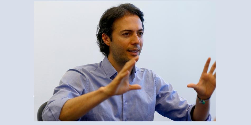 Photo of Daniel Quintero, alcalde de Medellín, tiene coronavirus