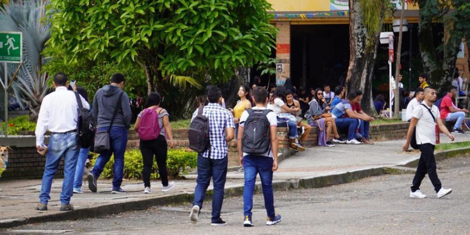 Photo of Matrícula gratis para más de 13.000 estudiantes de U. del Tolima