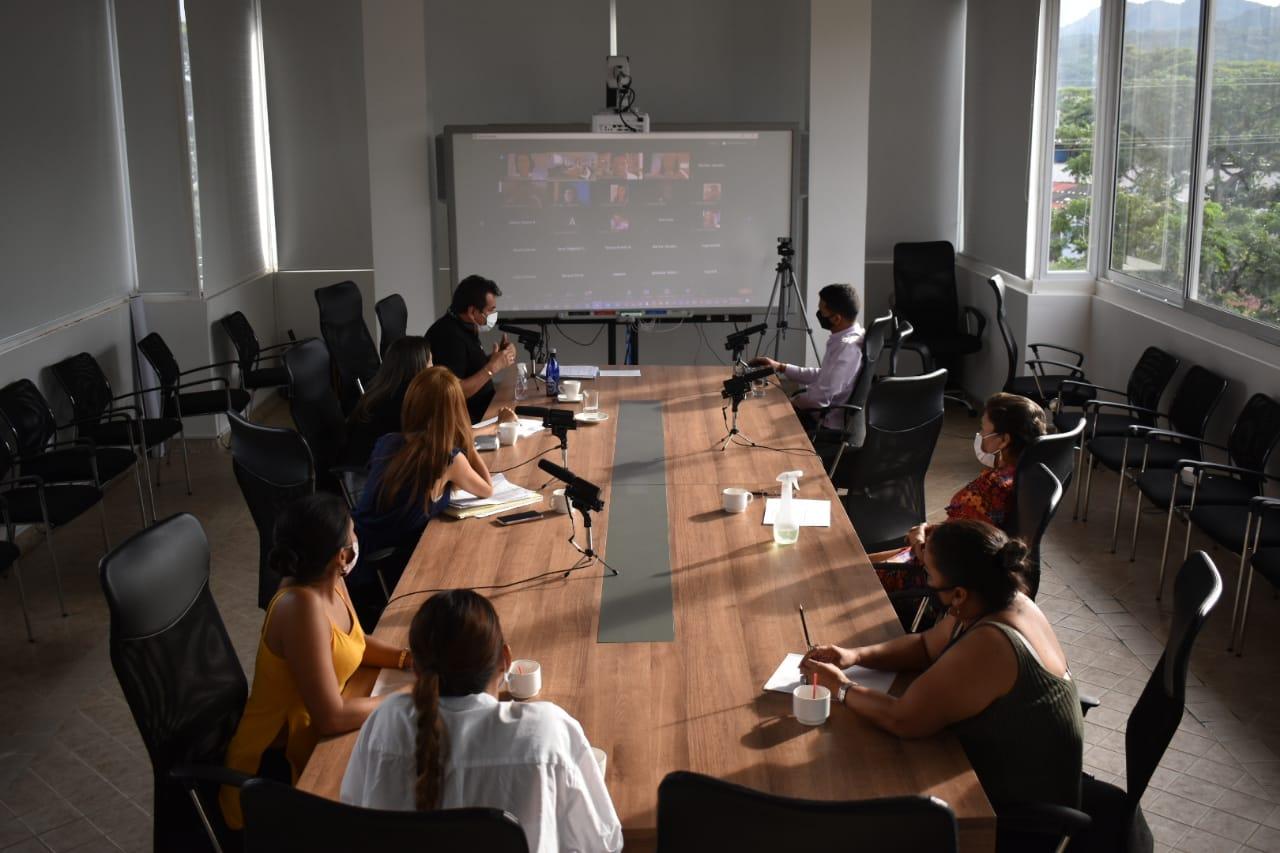 Photo of De manera virtual se llevó a cabo sesión del Consejo Consultivo de mujeres, donde se dio a conocer avances de la Política Pública de la Mujer