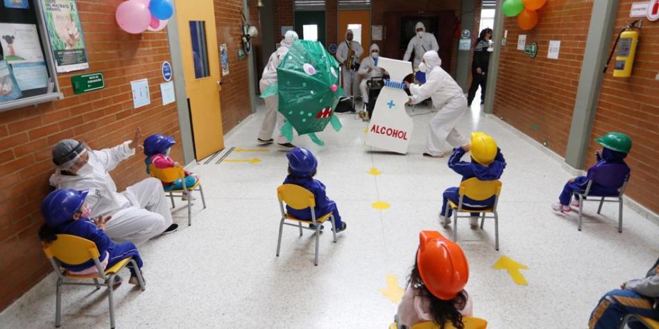 Photo of Jardines y colegios privados de Bogotá vuelven a las aulas