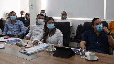 Photo of El Senador Richard Aguilar se reunió con los Secretarios y jefes de cartera Municipal tras el llamado del Alcalde de Yopal