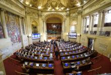 Photo of Aumentan sueldo a secretarios del Congreso a $20.096.951