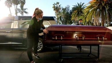 Photo of EE.UU. supera el medio millón de muertes por covid-19