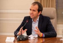 Photo of Ministro de Deporte señala que es positivo para covid