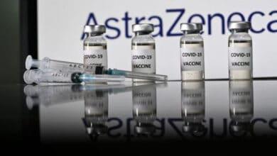 Photo of Oxford suspende ensayos de vacuna AstraZeneca en niños