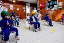 Photo of Antioquia: Medellín y otros 32 municipios regresan a las aulas